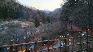 金桜神社の境内から富士山